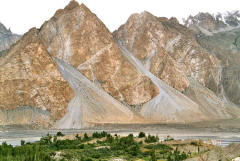 Hunza River near Gulmit with Passu Cones